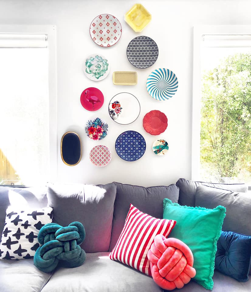 Hanging Plates On A Wall